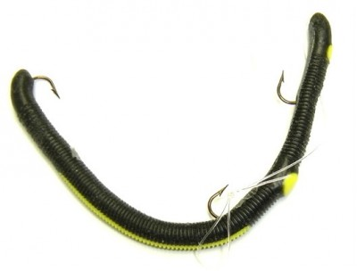 Black Plastic Fishing Lure Worm with  Yellow Stripe